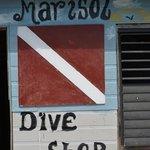 dive hut