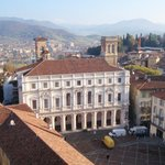 Piazza Vecchia vista dal Campanone