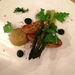 Brilliant white aspargus tofu with pea mousse, potatoes and aspargus