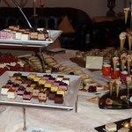 Un aperçu du buffet de desserts