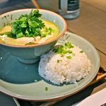 Green curry with chicken