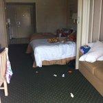 Grande chambre en désordre