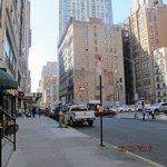 ulica, przy której znajduje sie hotel