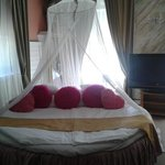 The round-shape bed in the Honeymoon Suite