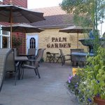 Palm Gardens Cafe, Outdoor seating area