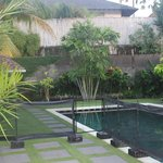 Corra Villa II Pool & Garden