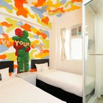 Twin room by Vaan