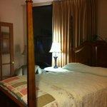 Queen 4 poster bed