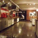 Une petite partie de la cuisine, c'est super grand..