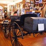 Foto di Old Market House State Historic Site