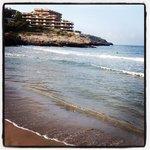море рядом с отелем