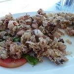 voici le plat de calamars frits