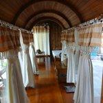 Santhiya Sea View Pool Villa Suite -- Verbindungsgang