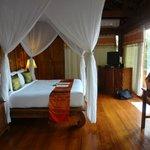 Santhiya See View Pool Villa Suite -- Schlafzimmer