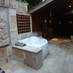 Santhiya Sea View Pool Villa Suite -- Badezimmer