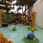 piscina infantil agua muy friaa