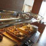 selezione di dolci al buffet della colazione: tavolo 4