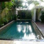 pool lovely