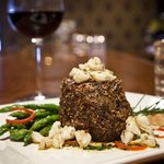 Filet Mignon with Crabmeat and Asparagus
