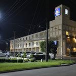 洛克沃爾貝斯特韋斯特普勒斯旅館&套房酒店