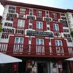 hotel typique du pays basque
