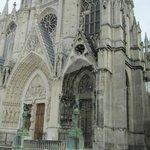 Basilique St Epvre