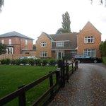 Bracken Lodge and driveway