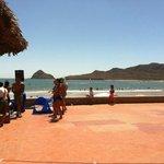 Zona de alberca y playa