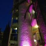 l'hotel e i giochi di luce