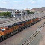 Estação e Pátio ferroviário / The depot and railroad yard
