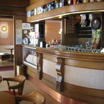Bar e sala intrattenimento