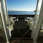 Enjoy your breakfast, lunch or coffee with Manly's best view!
