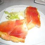 Bruschetta pomodoro e prosciutto