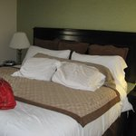 Bedroom king suite large flatscreen
