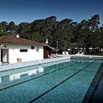 Domaine du Pignada - Hébergement Groupe et Individuel sur la Côte Basque - La piscine exterieure