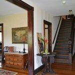 Admiral Dewey Inn - Refreshing Foyer!