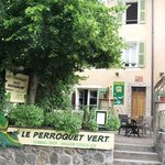 Photo of Le Perroquet Vert