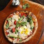 Atomica Pizza