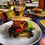 tutto burger