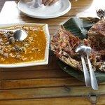 kerang macan & grilled papakulu fish