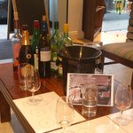 3 wines to taste, 1 glass of your favourite plus a cheese and or meat platter all for £9 = brill
