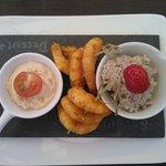 L'ardoisette de la mer (rillettes de sardine, tarama et crevettes grillées aux épices)