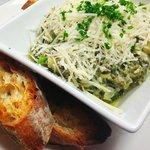Encore's Spinach-Artichoke Dip