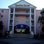 Voorzijde hotel