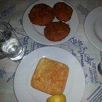 pomodori ripieni e saganaki cheese