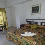 Photo of Hotel Faro Luna
