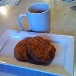 Gluten Free Peanut Butter Cookies....hmmm good!