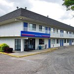 Photo of Motel 6 Topeka Northwest