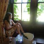 Holder's Mead window seat