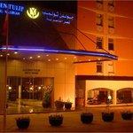 Photo de Golden Tulip Hotel Qasr Al Nasiriah Riyadh